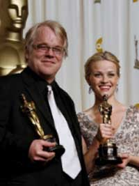 Phillippe Seymour Hoffman e Reese Witherspoon